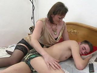Milf Men Sex With Older Women